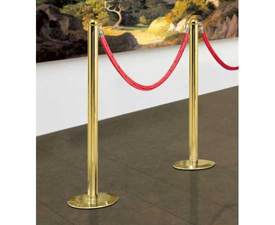 Balisage musée avec poteaux laiton doré